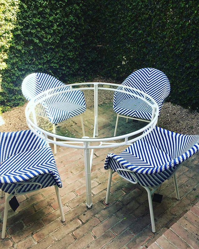 blue and blue 💙 and  perfect patios☀️ #sanantoniosprings #ladieswholunch #onzeanyone?? #wsd #interiors #wsd
