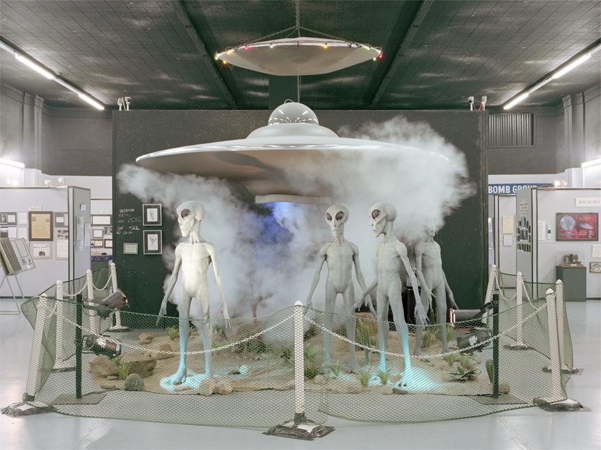 UFO009a.jpg