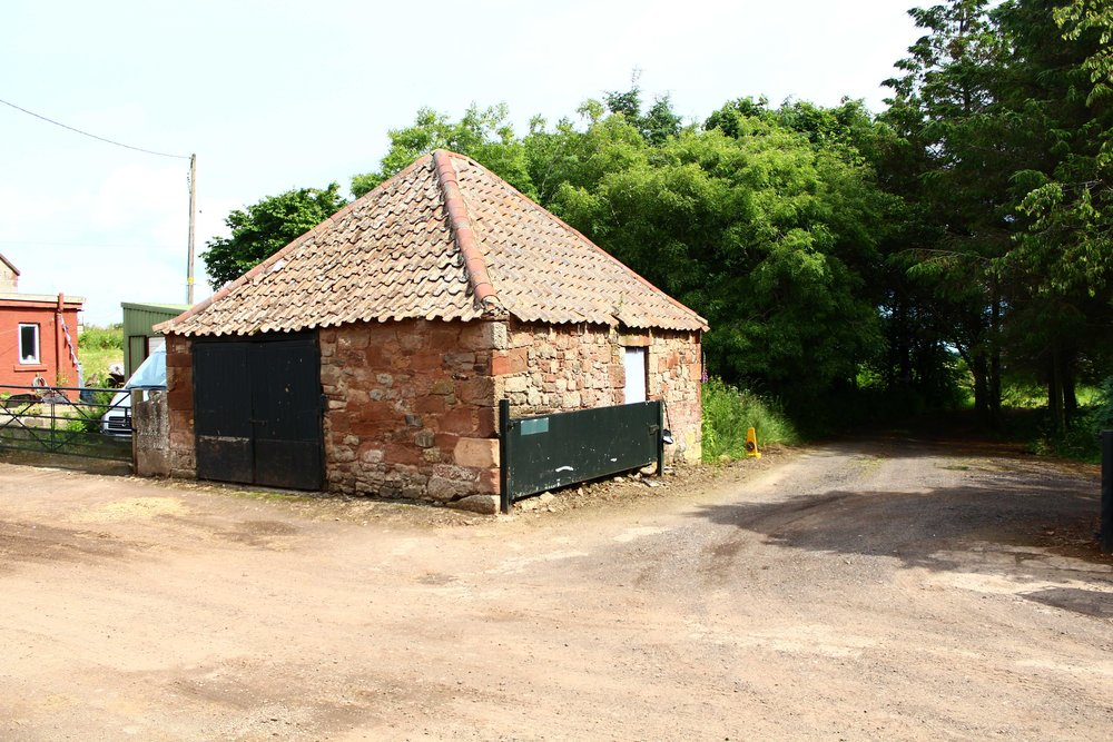 11. Disused Bothy for Conversion.JPG