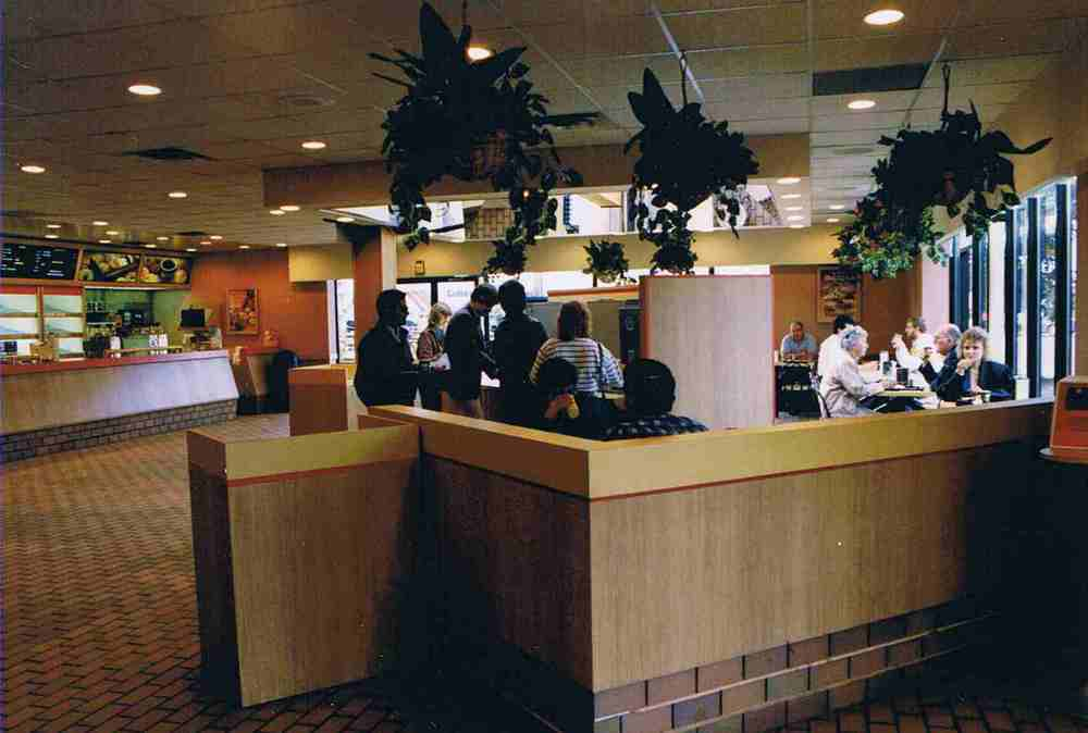 Texaco-Food Court.jpg