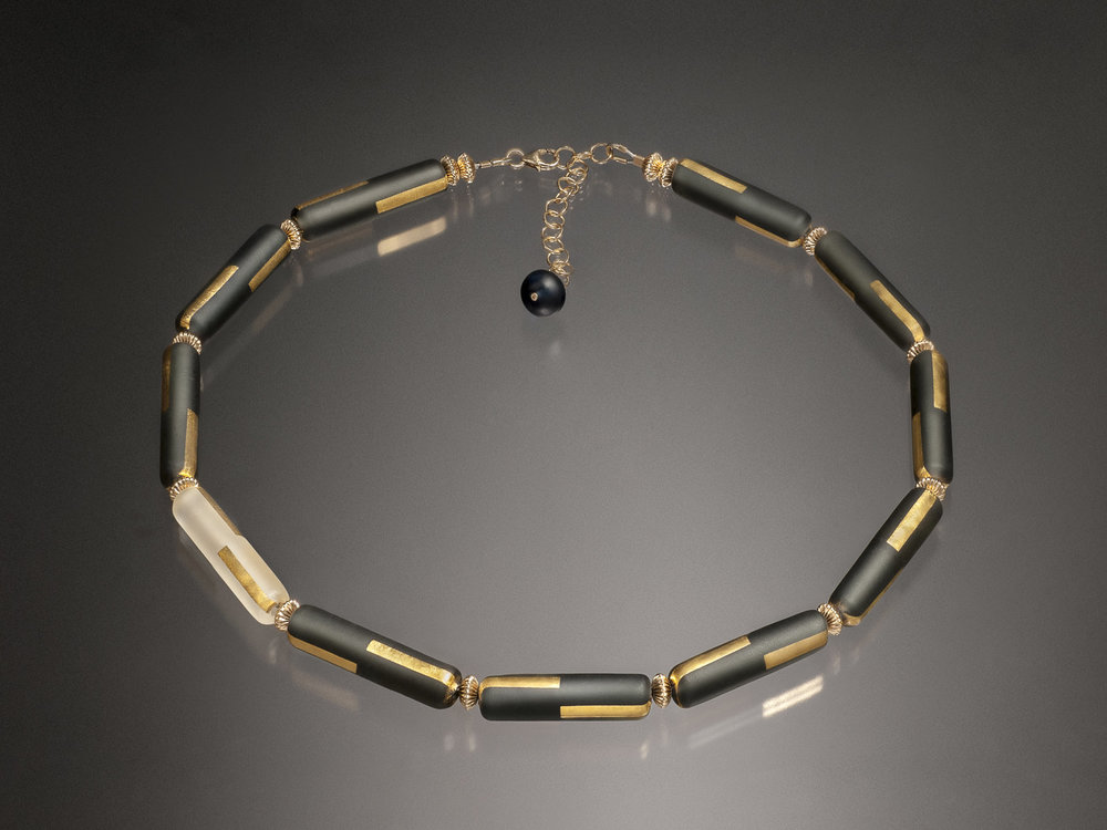 Gold_line_Necklace_converted.jpg