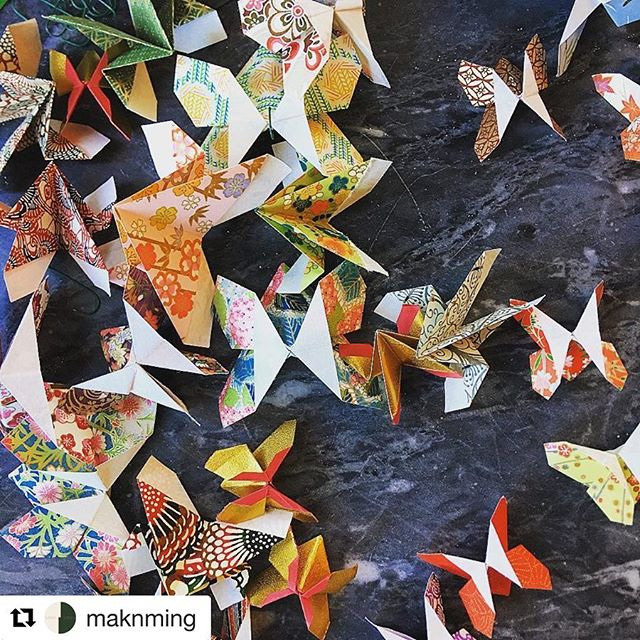 Beautiful origami butterflies made with Chiyogami paper! Some lovely spring inspiration 🦋 #Repost @maknming ・・・ Centrepiece phase 2 🦋 @joshuarobertferguson #smallteambighearts #yvrart #restaurantlife
