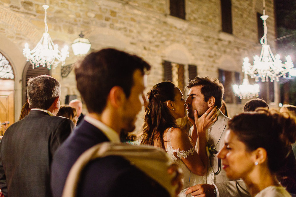 400-wedding-day-castelvecchi-chianti-tuscany.jpg