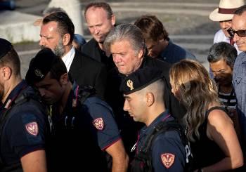 Ο Στιβ Μπάνον φτάνει στη Ρώμη στις 22/9, για να μιλήσει σε Φόρουμ κατά της ΕΕ    ANSA