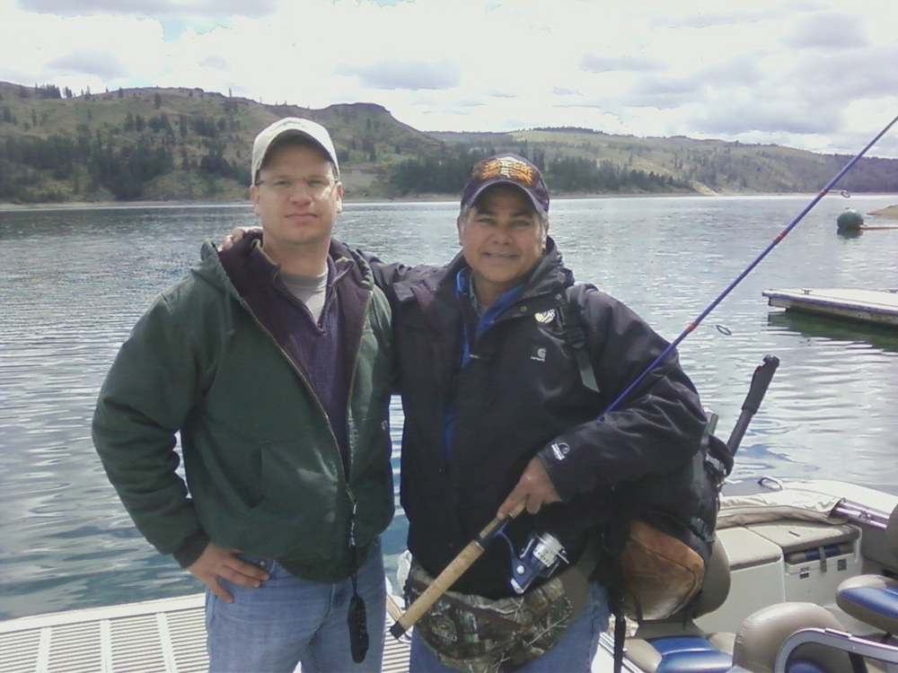 KHQ Meteorologist Dave Law and Spokane Walleye Club Member Greg at Porcupine Bay on Lake Roosevelt.
