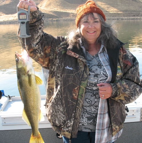Linda's 6 pound 10 ounce walleye