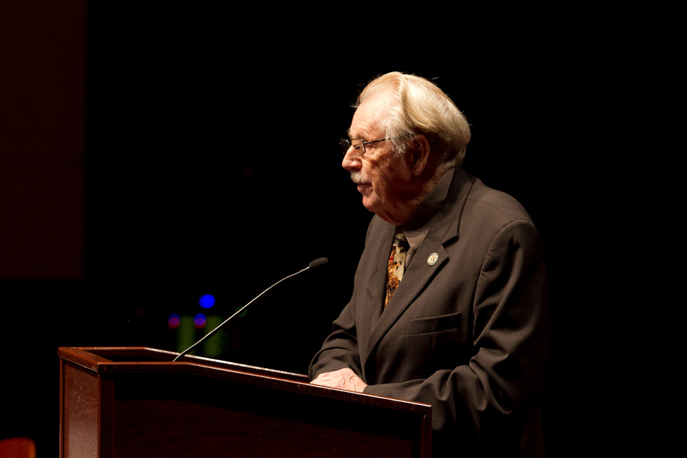 Rep. Roscoe Bartlett speaks at the 2011 annual conference