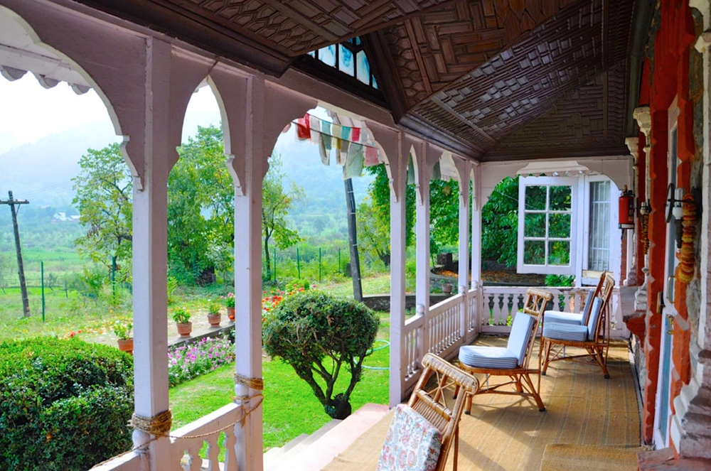 luxury homestay srinagar