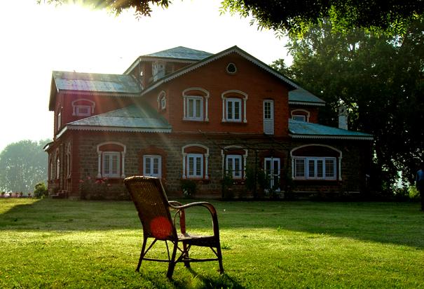 homestay in srinagar.jpg