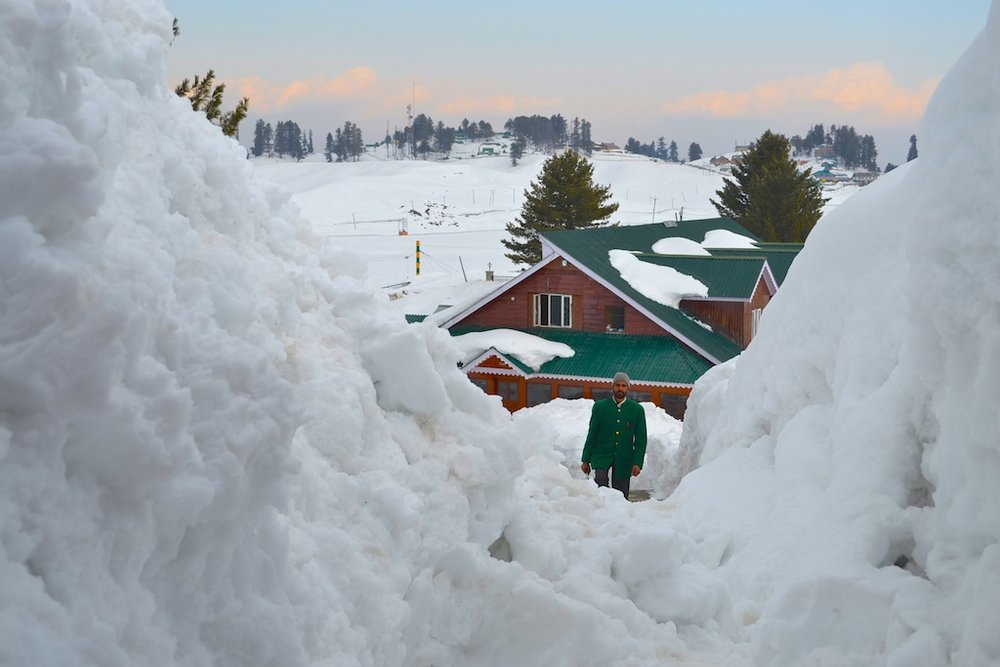 Path leading to the room in Gulmarg