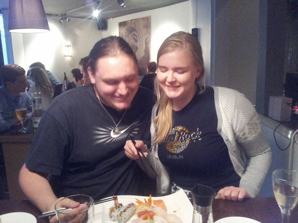 My mum randomly posted this picture of me and Ken in Bergen eating sushi! I like it:)