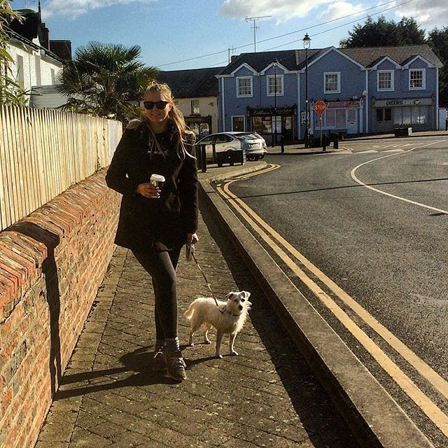 Coffee in Courtown💛☀️ #coffee #courtown #sunny #winter #ootd #holly