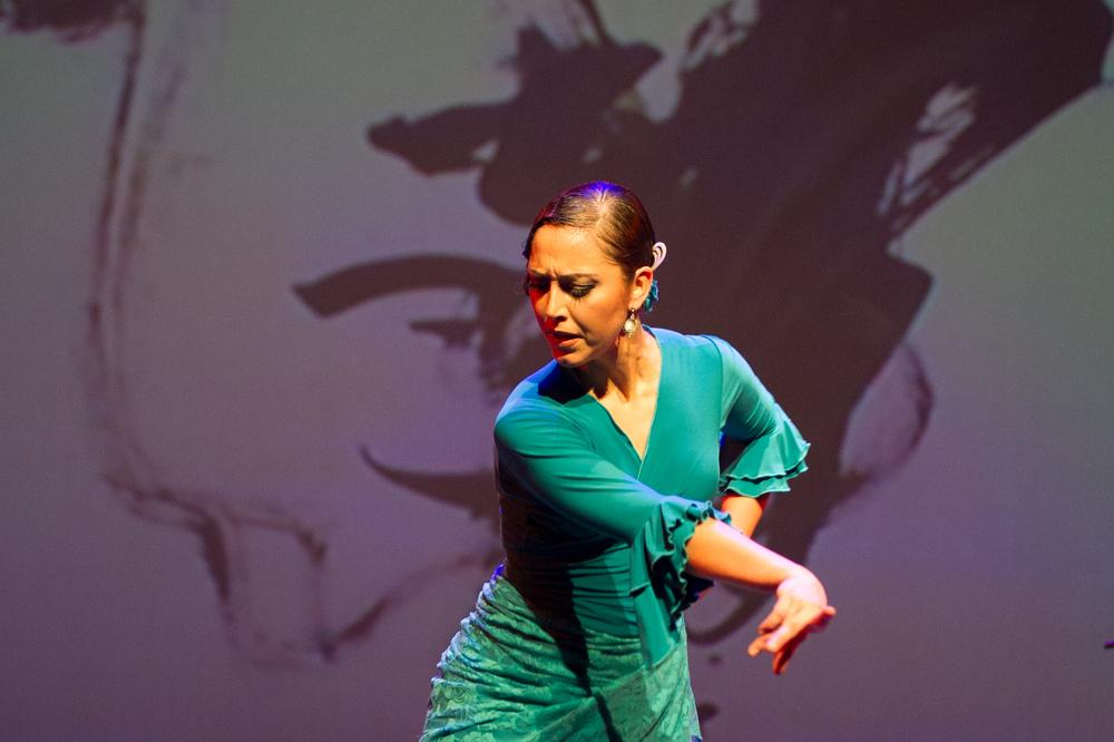 Veronica Medina in La Fábrica