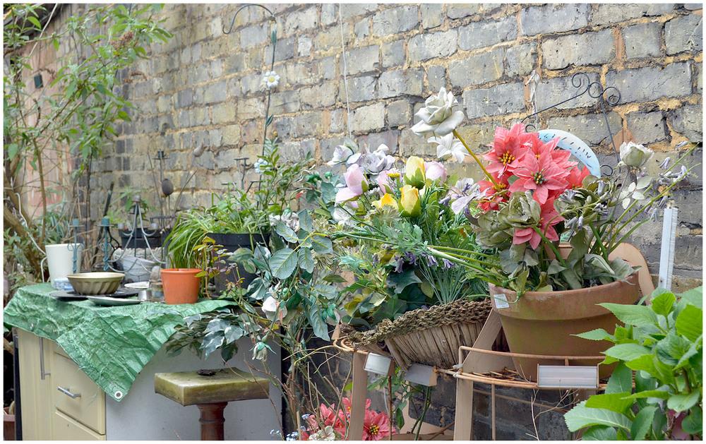 weekend snapshots - vintage market flowers.jpg
