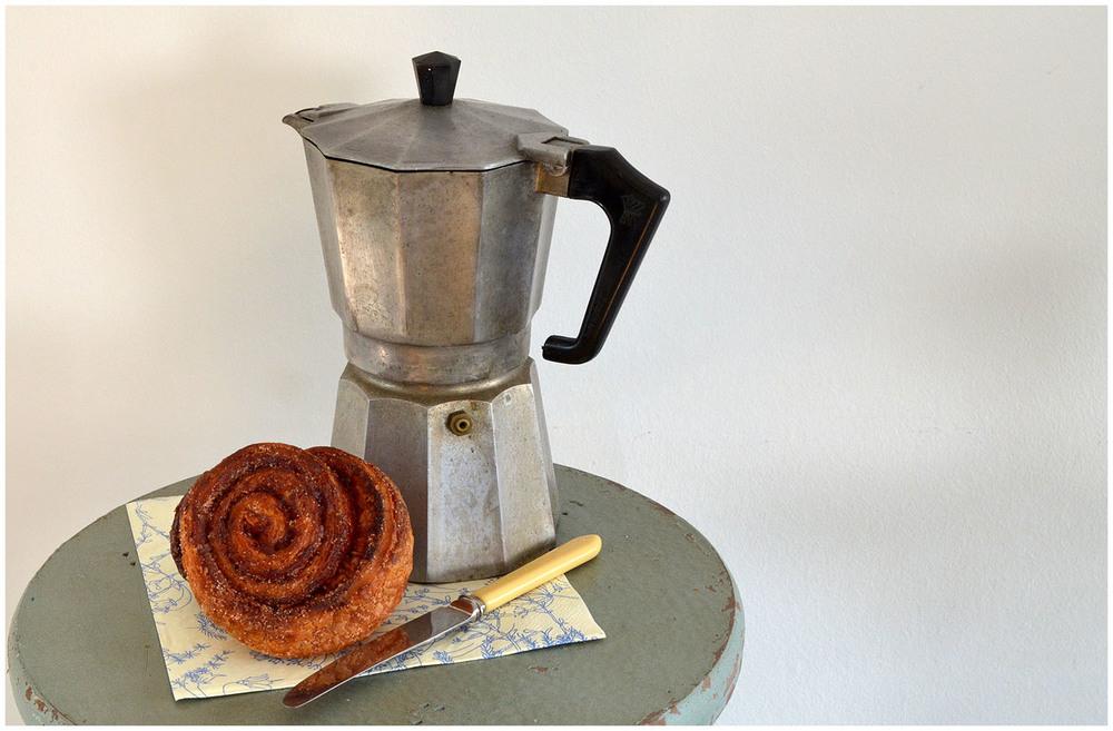 Cinnamon bun & coffee.jpg