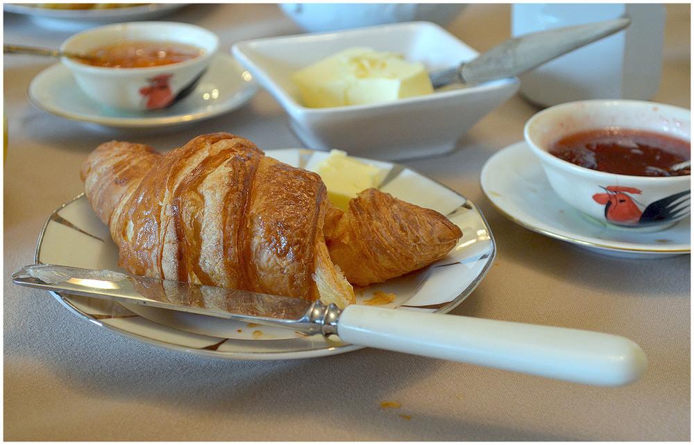 Château Breakfast.jpg
