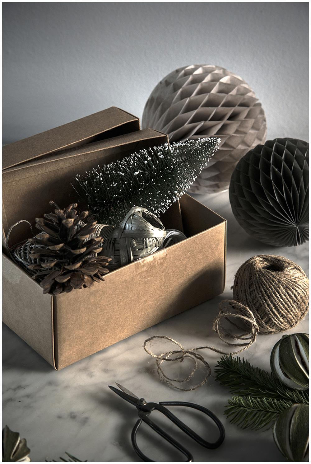 Christmas deco details