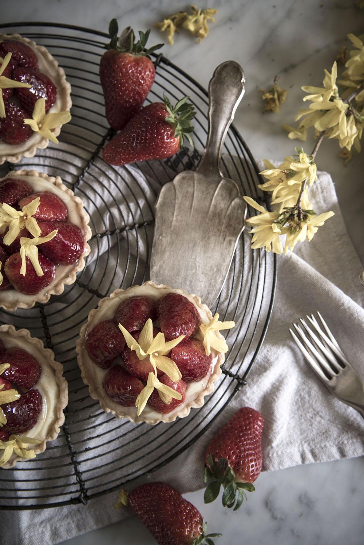 Strawberry & Forsythia Tartelettes