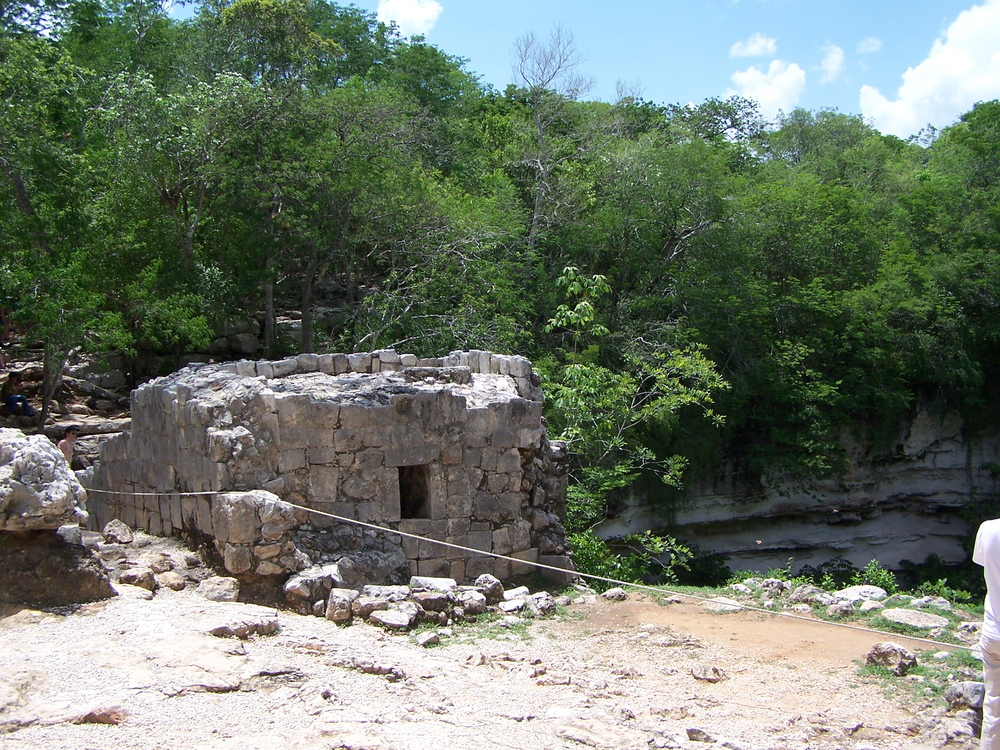 The little house at the cenote'