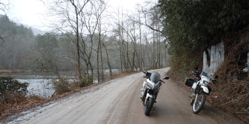 Yamaha FZ1 and Suzuki DR650 out on a ride.