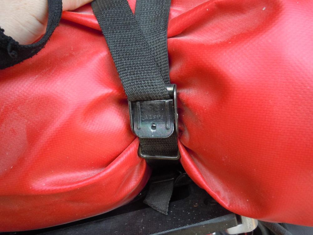 Steel cam buckles