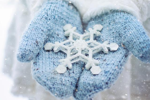 mitten-snowflake.jpg