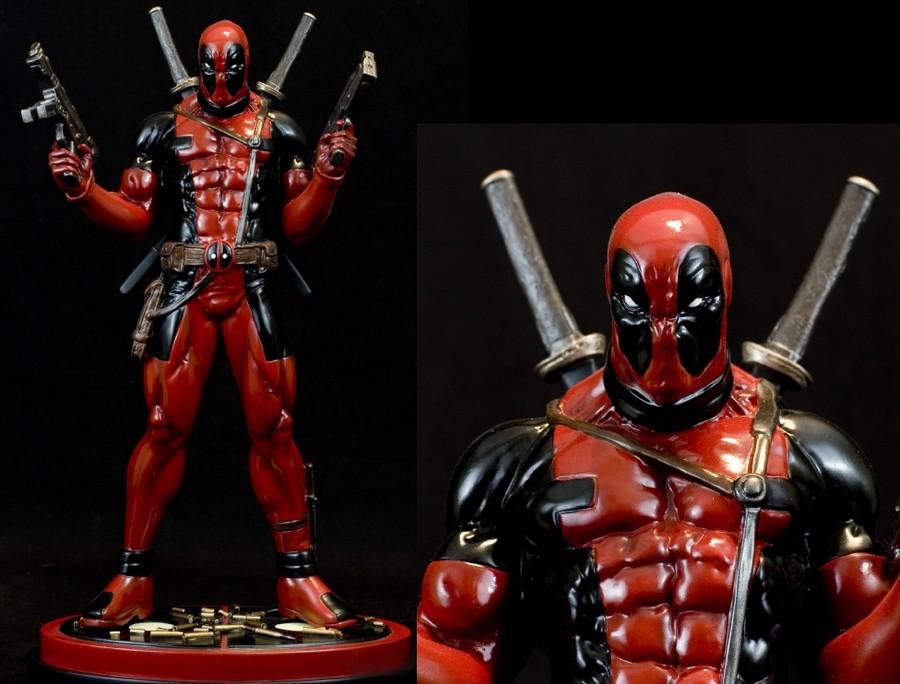 Deadpool statue.jpg