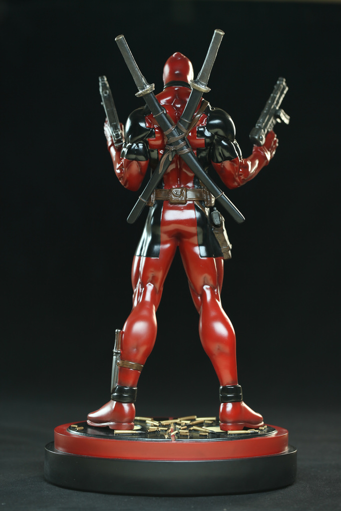 Deadpool statue3.jpg