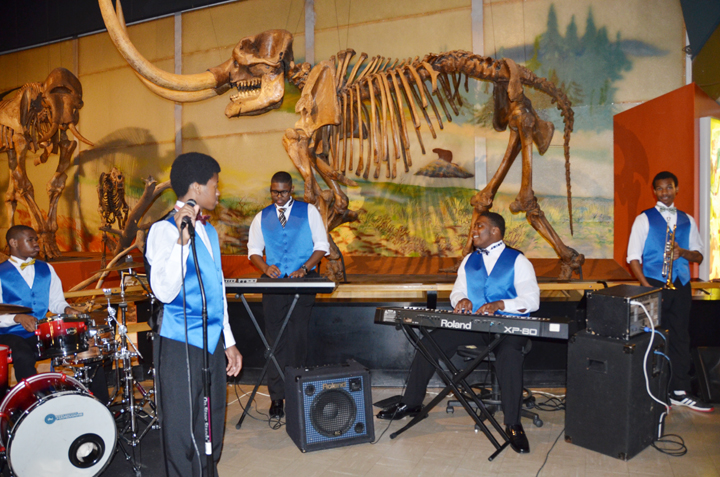 cleveland students played jazz before dinner in the museum of natural history.