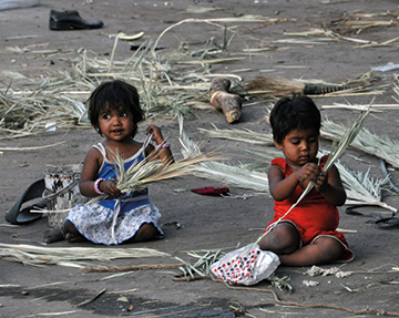 India-2-kids.jpg
