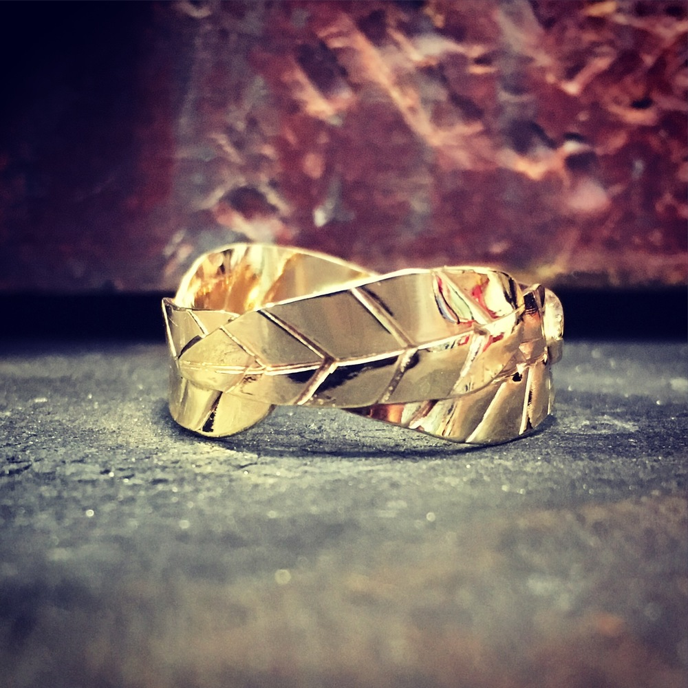 Leaf Wedding Band