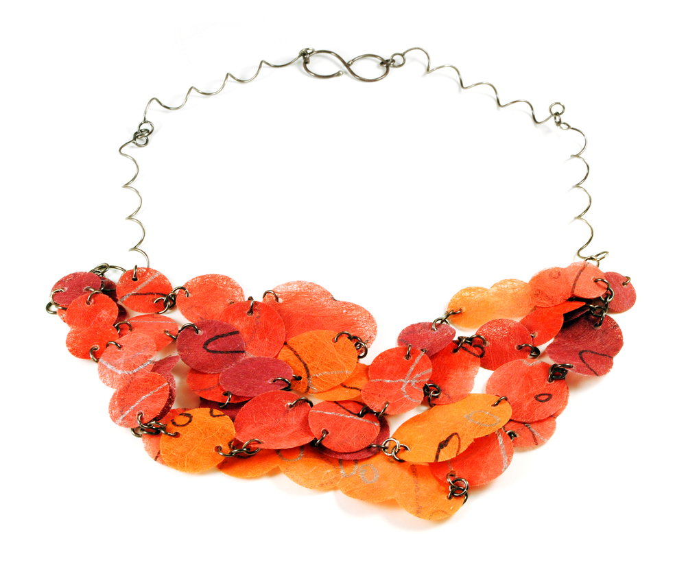 Flat Paper Necklace - red