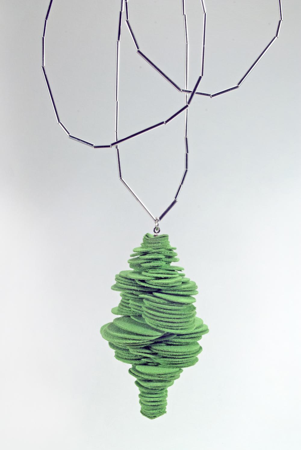 Green Stobilus Pendant