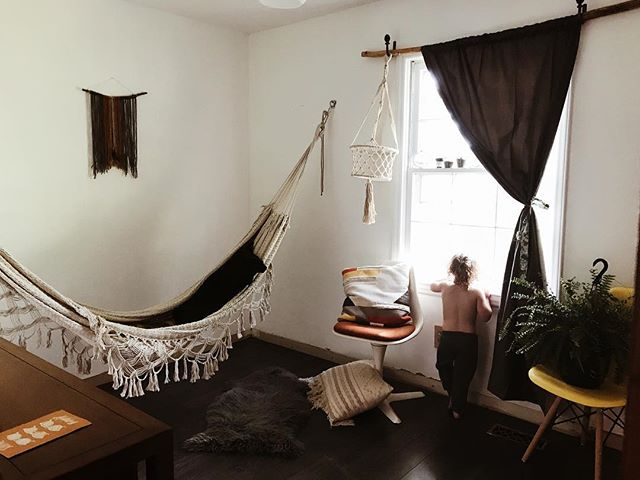 Don't be jealous that we have a whole room currently dedicated to this hammock ... #atlasred #overlookourlackofbaseboards #theyarecoming