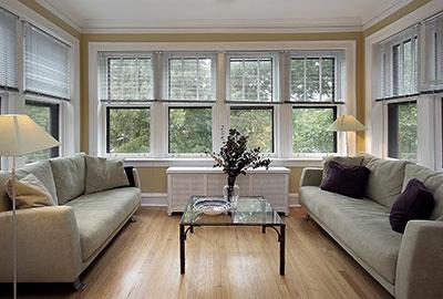 Toronto-Buying-Real-Estate-400x270.jpg