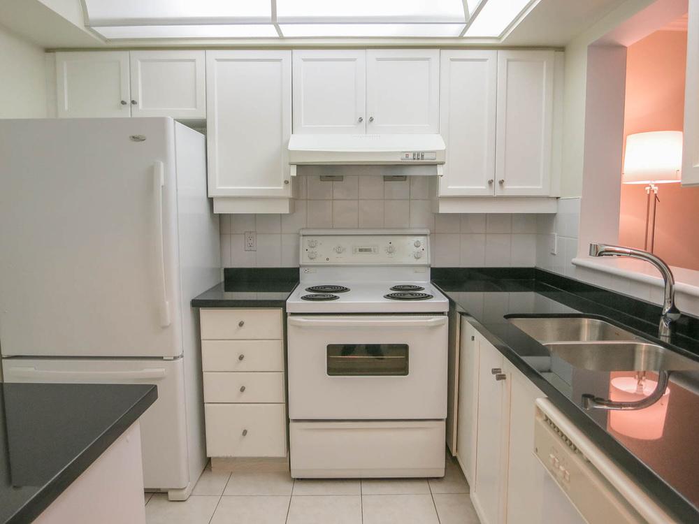 5418 Yonge Street Toronto Real Estate Condo-6.jpg