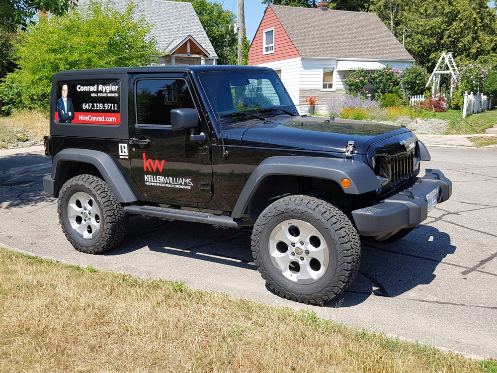 Jeep-Chrome-Rims.jpg