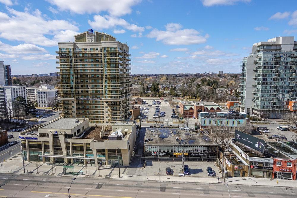 26 Norton Ave Toronto-11.jpg