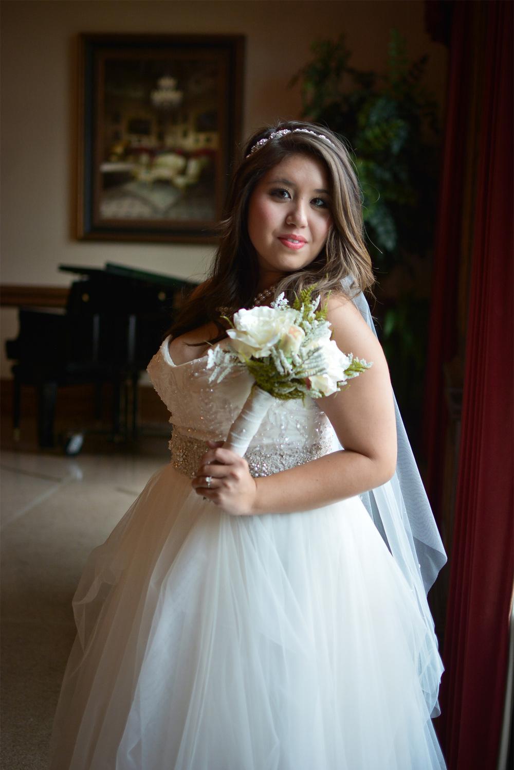 mo's bridals 12.jpg