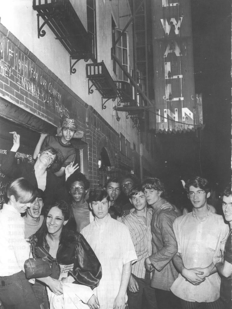 StonewallInn002.jpg