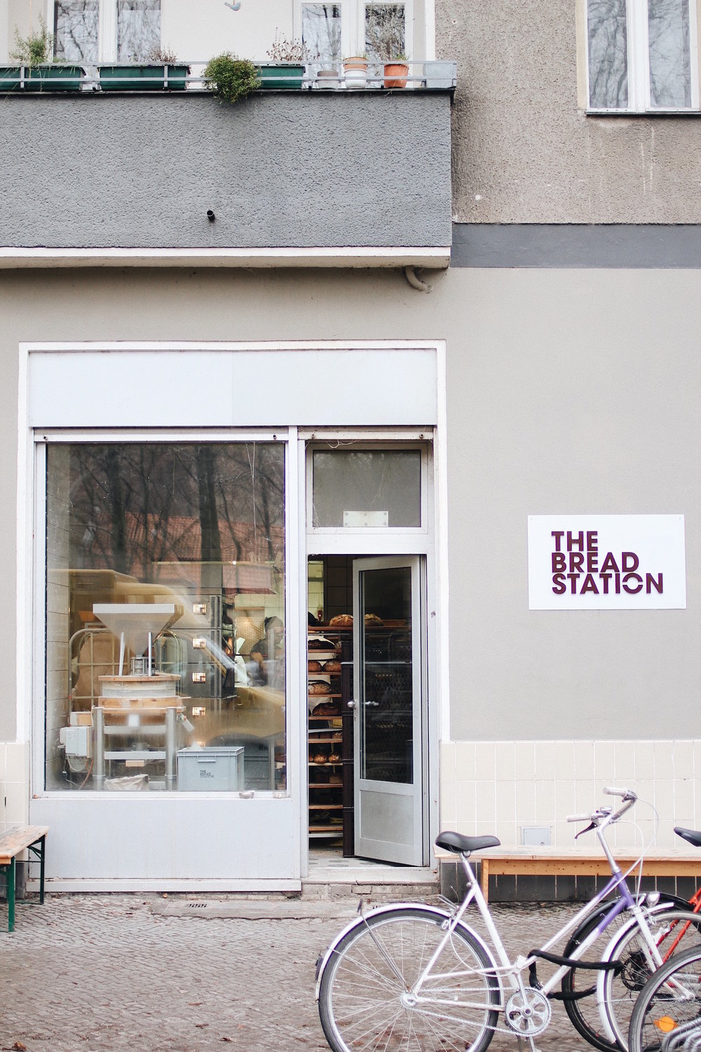 3. EAT | THE BREAD STATION