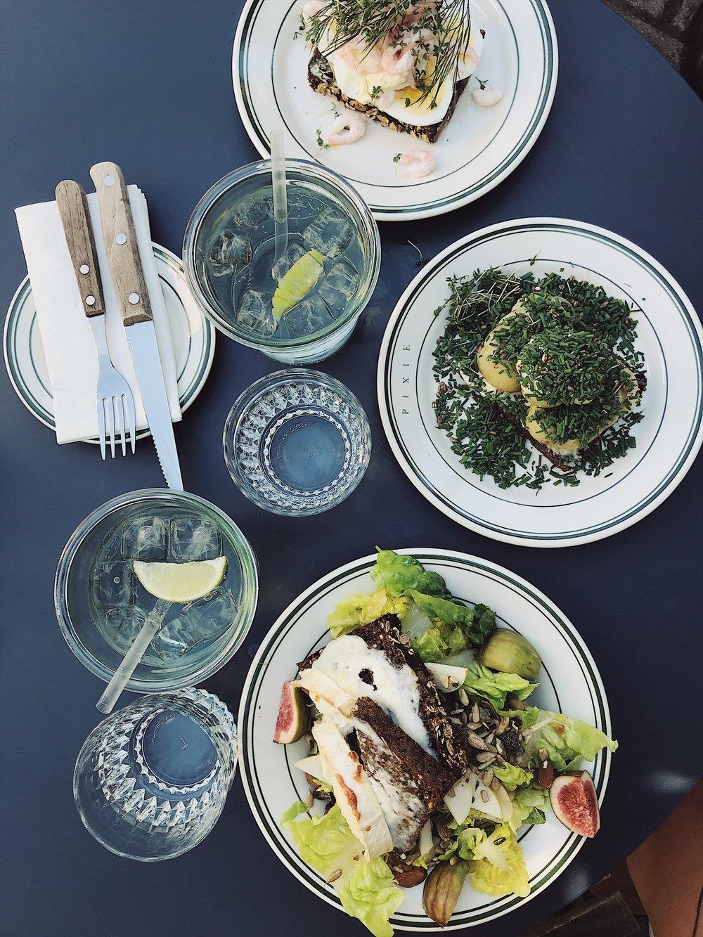 2. EAT |BOPA PLADS (Pixie)
