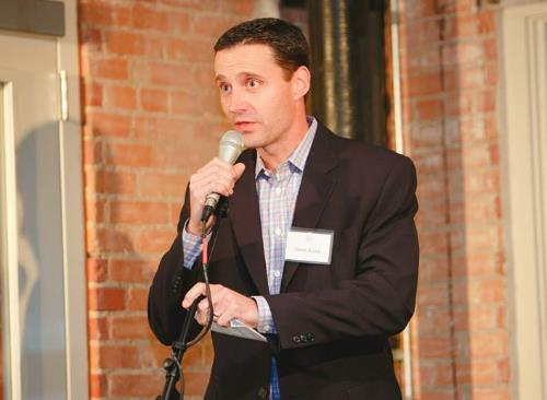 Art House Dallas Board Member, Jason Kulas announced the many ways to get involved, give to Art House, and the amazing $25,000 match the night of the anniversary fundraiser!