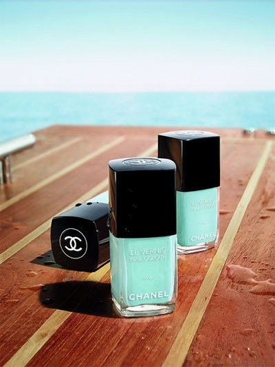 Chanel + Mint = Polished Summer Perfection!