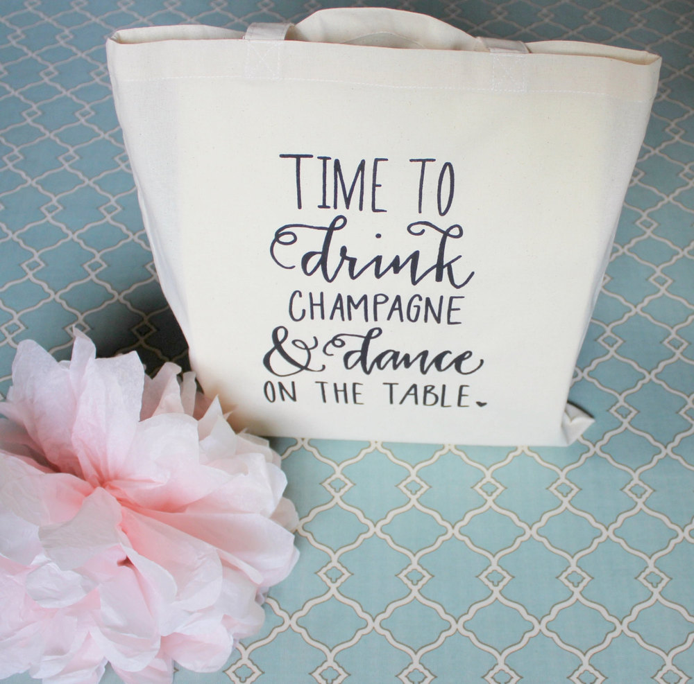 This would be the perfect tote to give to your girls on your bacheloretteweekend, or the morning of your Big Day!