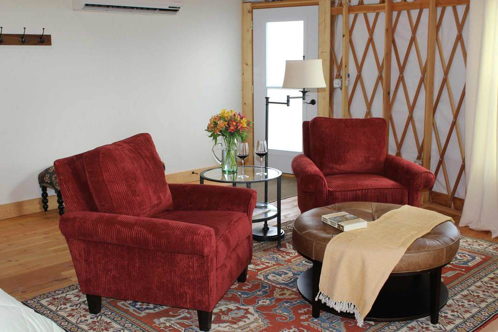 #6-Red-chairs-web.jpg