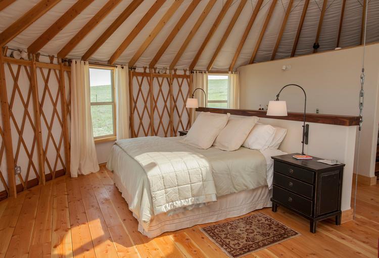 APR-Yurts-02.jpg