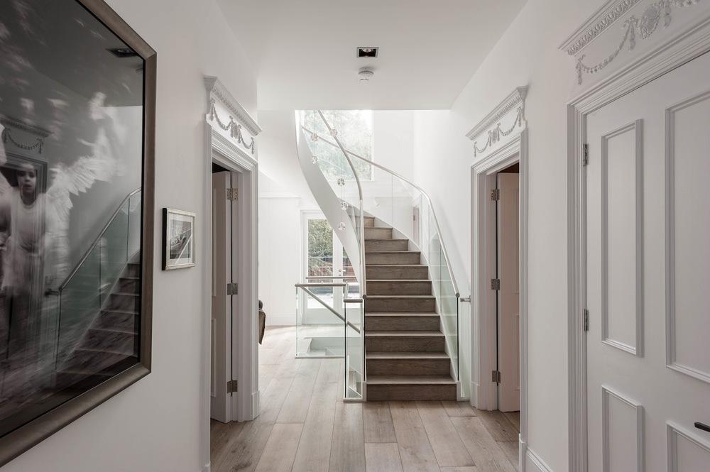 1-hallway.jpg