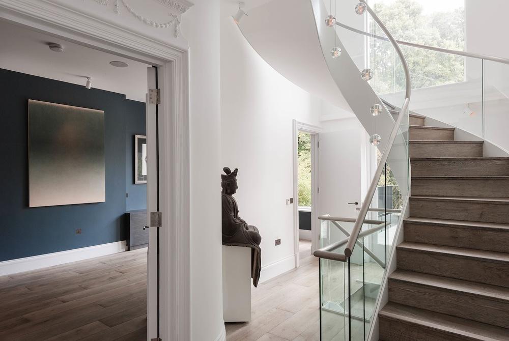2-Living-room.jpg