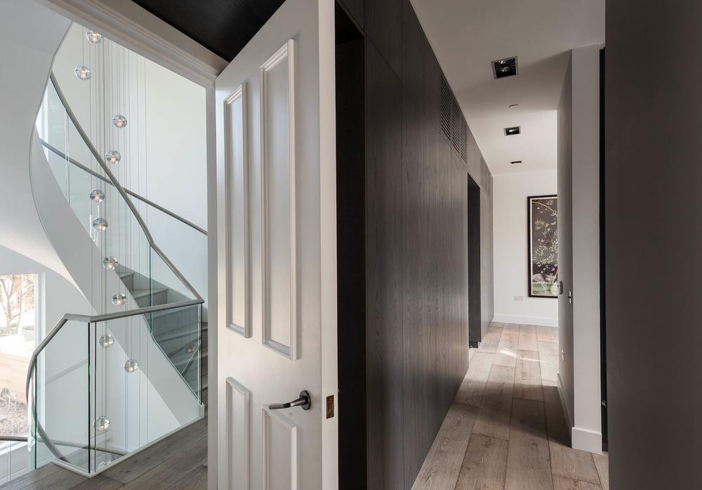 7-dressing-room.jpg